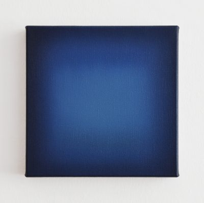 middle bright blue, 30 x 30 cm, Öl auf Leinwand, I-2020